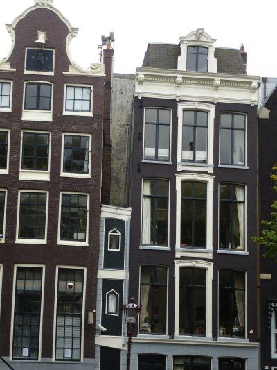 Amsterdam: una casa piccola? No, minuscola