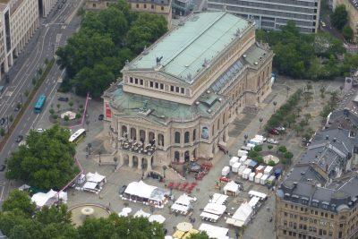 Weekend a Francoforte: l'Alte Oper vista dall'alto della Main Tower