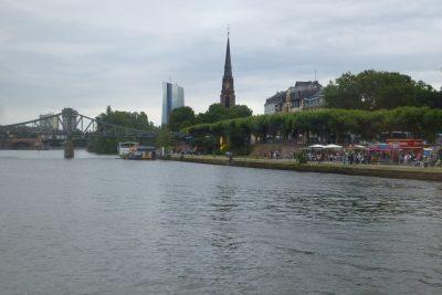 Weekend a Francoforte: la sponda a sud del Meno
