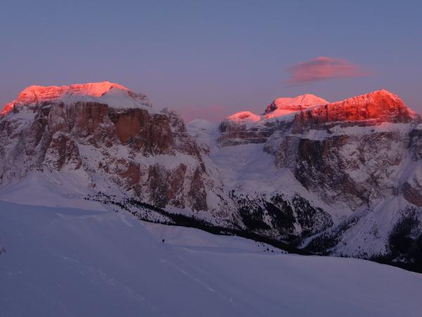 Tramonto in Val di Fassa, Italia